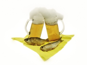 Two Beer and Fish (0063)
